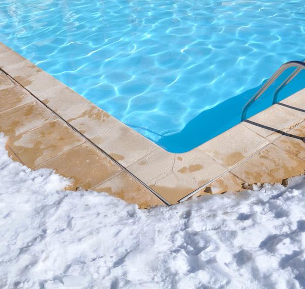 Hivernage de piscine autour de Langon